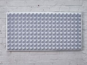 Premium sound absorber with pyramid profile